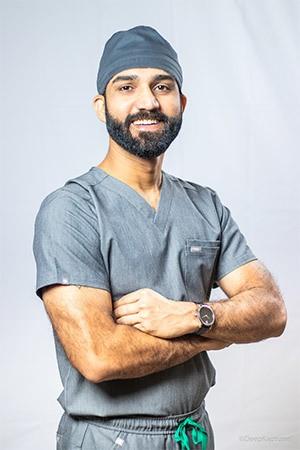 Dr Manish